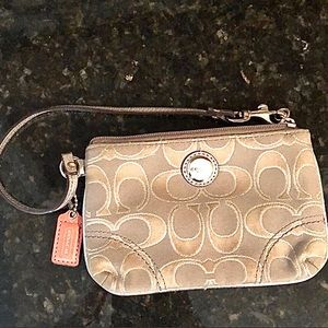 Coach | Authentic Poppy wristlet